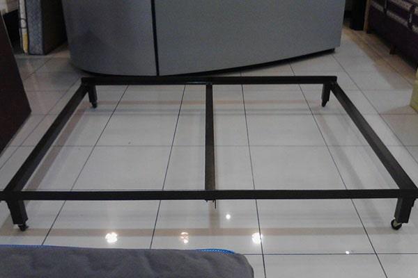 Riel para cama bed frame don colch n colchones costa for Como hacer una base para cama individual